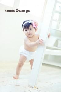 赤ちゃん 1才 女の子 はだかんぼ