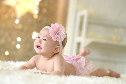 はだかんぼ ピンクのヘッドドレス かわいい