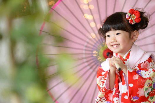 3歳 女の子 七五三 赤い着物
