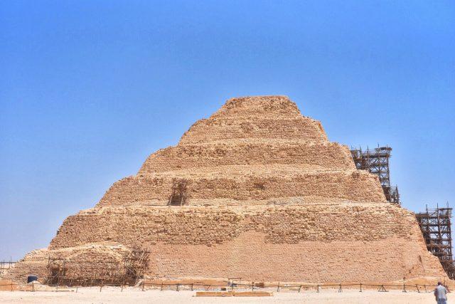 階段ピラミッド エジプト 最古 ピラミッド