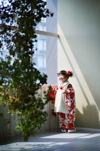 3歳女の子 七五三 赤い着物 鶴柄