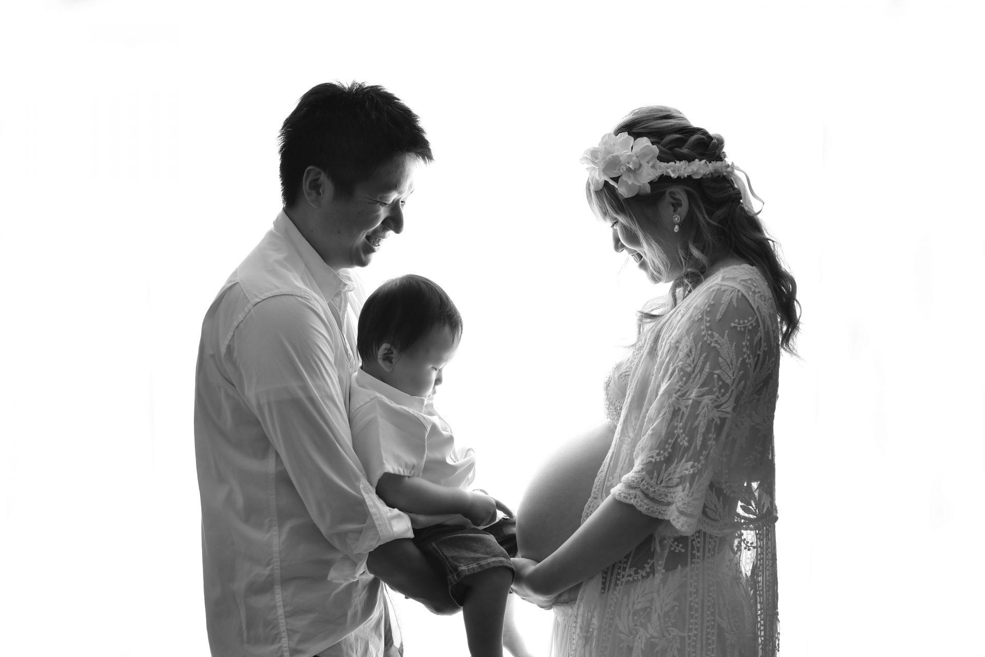 奈良市 マタニティフォト 家族撮影 モノクロ 妊婦