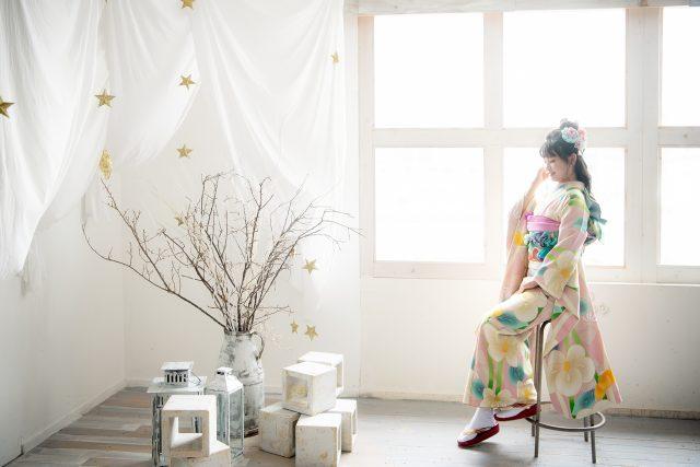 2022年成人式前撮り ピンクの振袖 二十歳の記念 奈良市