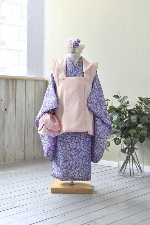 3歳女の子 被布 紫着物 スタジオ衣装