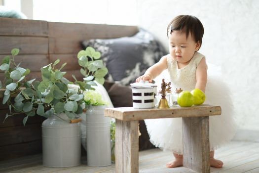1歳 お誕生日撮影 ドレス 白