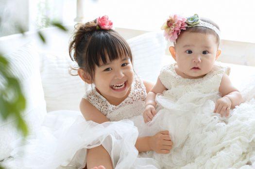 姉妹撮影 お誕生日撮影 お揃い 白いドレス
