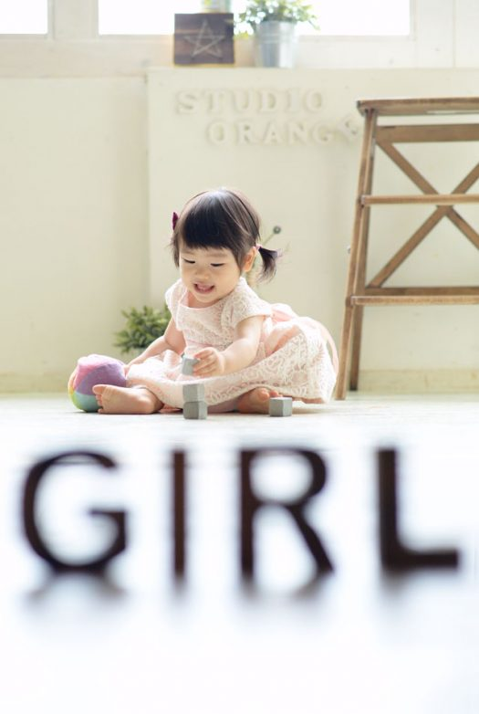 女の子 ピンクのドレス 1歳 お誕生日