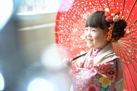 3歳 七五三 しぼりの着物 傘
