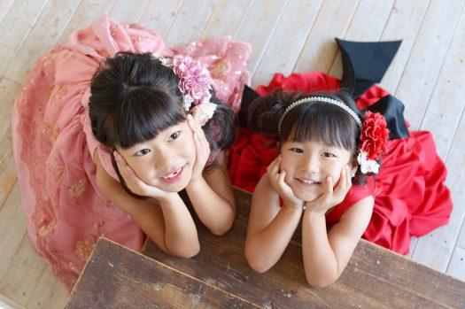 姉妹撮影 ドレス 赤いドレス