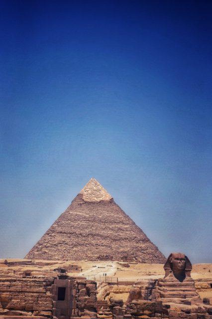 カフラー王 ギザ スフィンクス ピラミッド