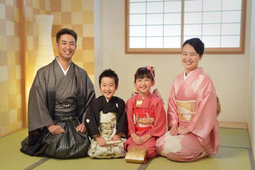 和室 家族写真 着物 奈良市