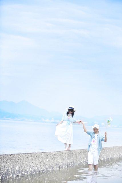 私服 海 デート