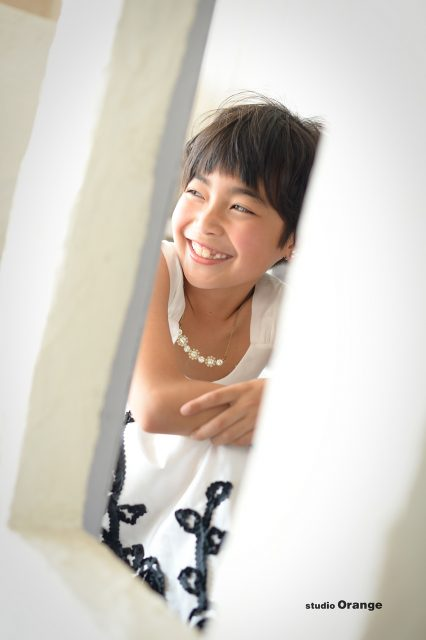 奈良市 スタジオオレンジ 8歳女の子 お誕生日撮影 白黒ドレス