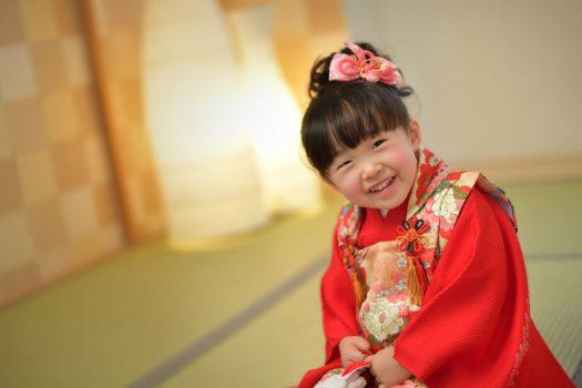 七五三 赤い着物 持ち込み着物 奈良市 スタジオオレンジ