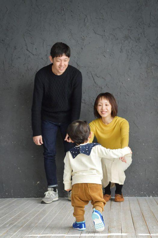 家族撮影 後ろ姿 お誕生日撮影 ファーストバースデー 1歳 奈良市 スタジオオレンジ