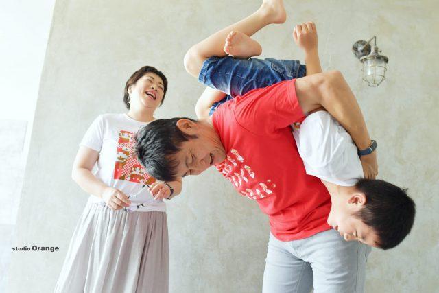 バースデーフォト 誕生日撮影 奈良市 写真館 スタジオオレンジ マリオ Tシャツ 家族写真