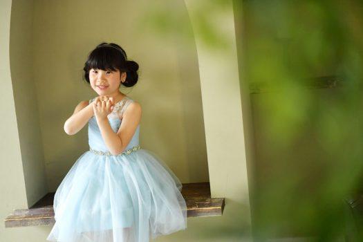 ドレス 女の子 水色のドレス お団子