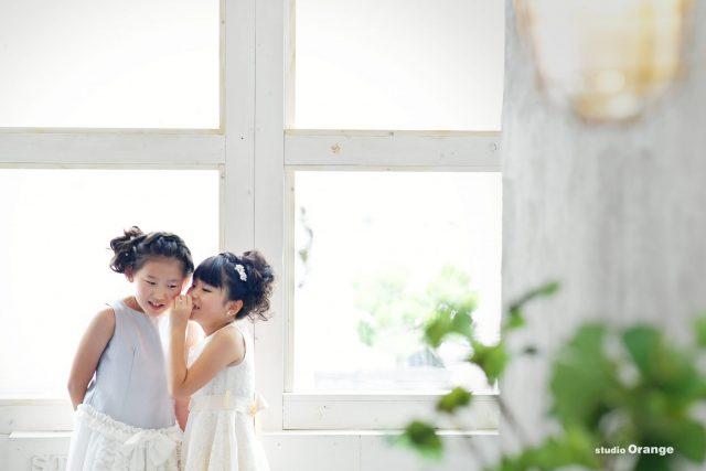 ドレス グレーのドレス 姉妹撮影 白いドレス