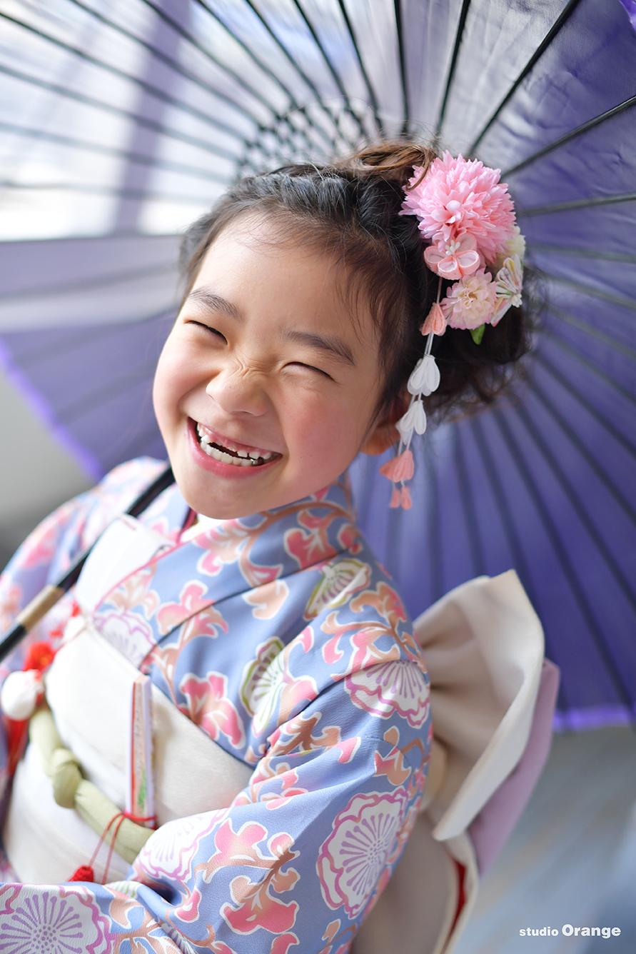 七五三 7歳女の子 藤色のお着物 大爆笑