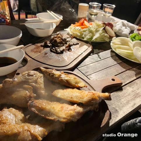 ネスタリゾート神戸 グランピング 神戸 社員研修 旅行 バーベキュー BBQ 肉 野菜 料理