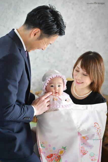 お宮参り 家族撮影 白い着物 新米ママ 新米パパ
