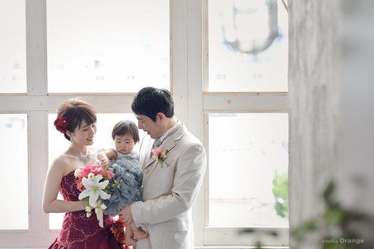 パパ婚 ママ婚 結婚記念日 ウェディングドレス 赤いドレス