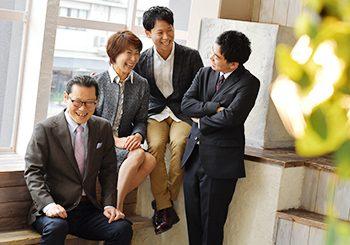 男性成人式 スーツ 家族写真