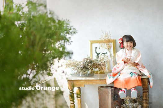 七五三 三歳女の子 奈良 写真館 フォトスタジオ 着物