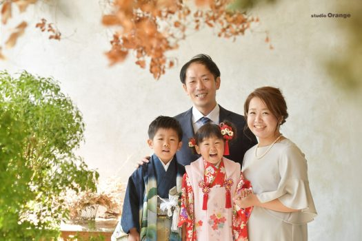 七五三 着物 3歳女の子 5歳男の子 兄妹 ピンク着物 青着物 写真館 フォトスタジオ 奈良