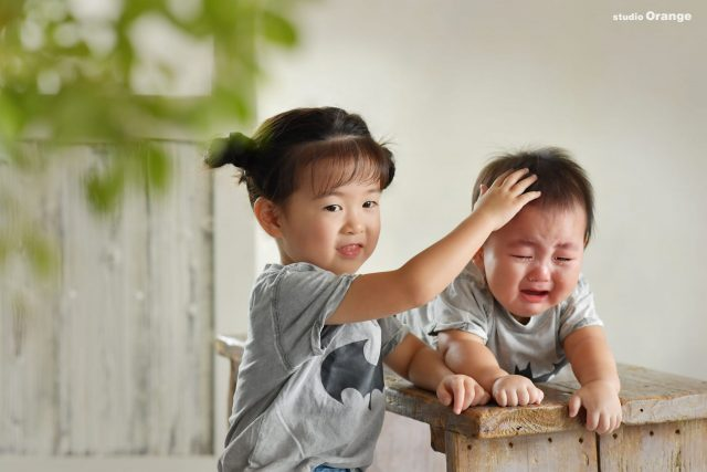 家族写真 お誕生日 ツーショット バースデー 慰める 泣き顔