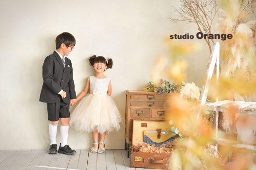 スーツ ドレス 裸 私服 バースデー 誕生日 フォトスタジオ 奈良店 写真館 オレンジ