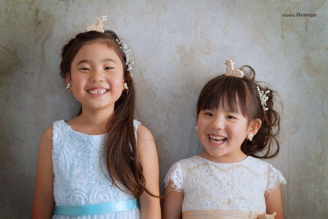 ドレス 姉妹 鹿 洋装 ツーショット