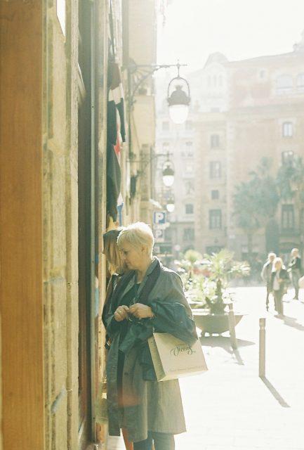 パリ フランス 海外旅行 奈良 写真館 フォトスタジオ パリジェンヌ 年末年始