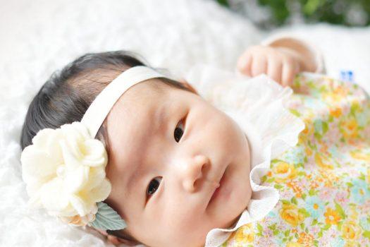 お宮参り 赤ちゃん 黄色いスタイ